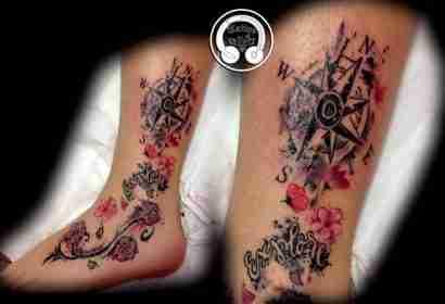 """alt=""""rosa dei venti watercolor tattoo"""""""